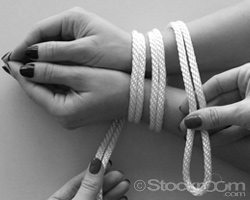 How To Tie A Double Rope Cuff - Step 1